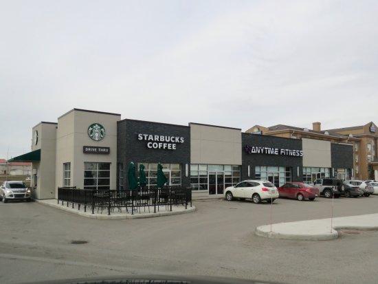 Strathmore, Canada: Exterior