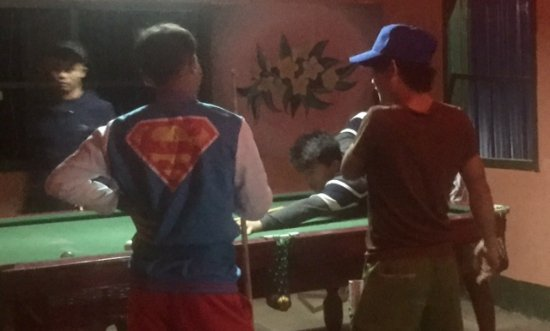Pakbeng, Laos: Shooting pool with the friendly locals