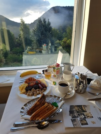 Glen Of The Downs, İrlanda: Great breakfast fare.