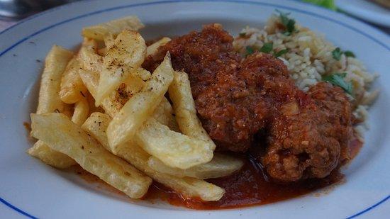 Gennadi, Grecia: Meatballs in tomato sauce