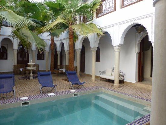 Le jardin d'Abdou: piscine