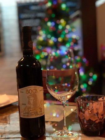 Vendéglő a KisBíróhoz: Egy jó üveg bor ma este ?