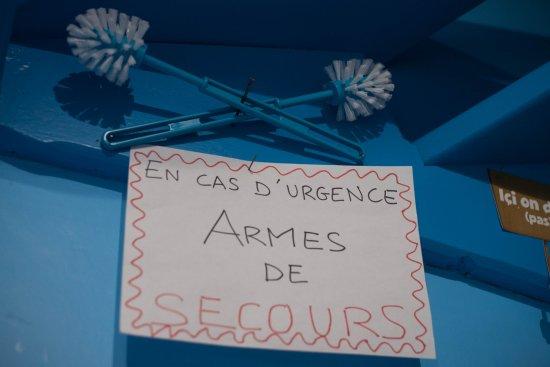 Malestroit, France: En cas d'urgence nous avons de quoi faire !