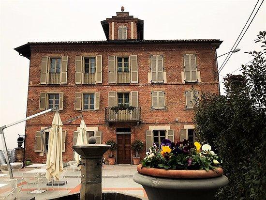 Agliano Terme ภาพถ่าย