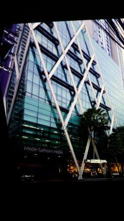 Mode Sathorn Hotel: 20171130_180437_large.jpg