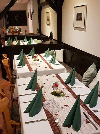Schwaig bei Nuernberg, Germany: Innenraum mit Weihnachtsdeko