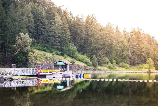 Orcas, WA: BOAT RENTALS RIGHT ON THE DOCK AT CASCADE LAKE