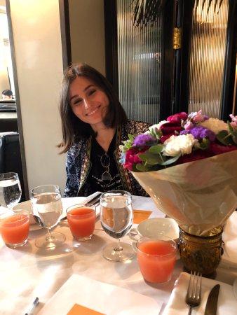 Hotel Montefiore: יעל חוגגת יום הולדת