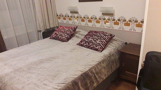 Arthur Hotel: 20171128_000907_large.jpg