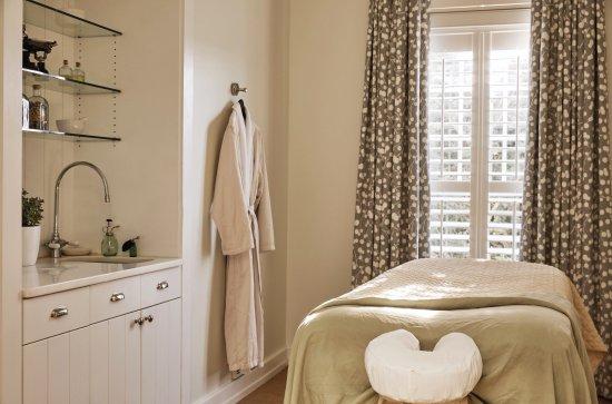 Saint Michaels, MD: Treatment Room
