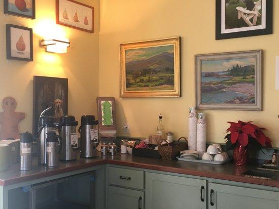 Rockport, ME: Coffee Area