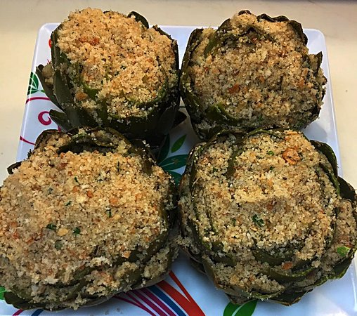 how to eat stuffed artichokes