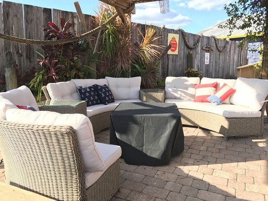 North Fort Myers, FL: Enjoy our patio by the water complete with fire pits!