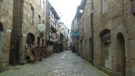 Dinan, Frankrike: Centre Historique