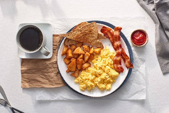 Ronkonkoma, Nova York: The Bistro - Eggs Your Way