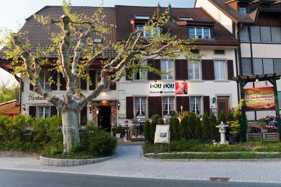 Lenzburg, Schweiz: Frontansicht des Lokals