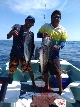 Huatulco Fishing Eduardo: 2 out 3