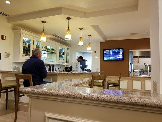 Hilton Garden Inn Bwi Airport Bar In Lobby