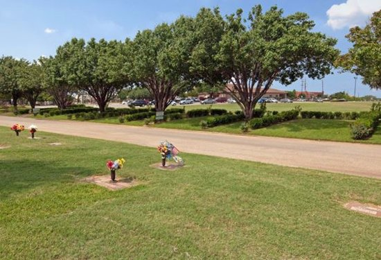 Colleyville, TX: Bluebonnet Hills Funeral Home and Bluebonnet Hills Memorial Park
