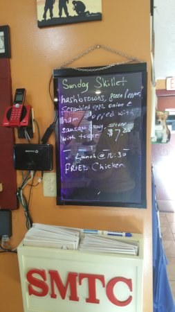 Reeds Spring, MO: Watch the board for specials!