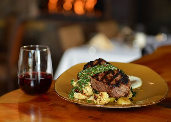 Powell Butte, OR: Farm-to-Table Dining with a Glass of Your Favorite Local Wine