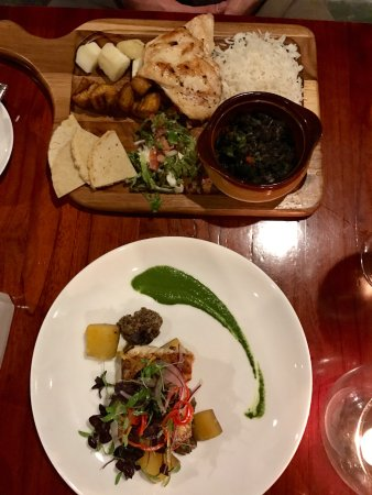 El Mirador Bar & Restaurant: Costa Rican Casado and Catch of the Day