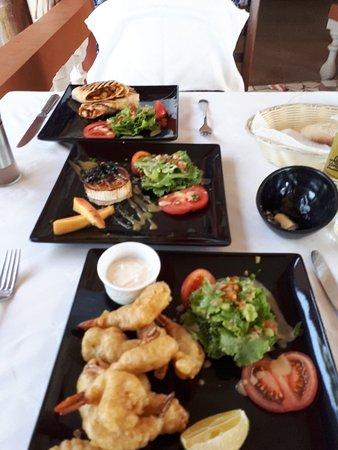 Ngala Lodge Restaurant: 20171009_143714_large.jpg