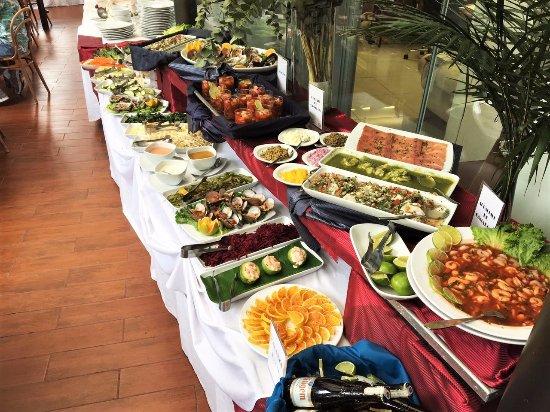 buffet mariscos picture of cantina de dakota mexico city rh tripadvisor co za buffet de mariscos en chicago buffet de mariscos en isla morada