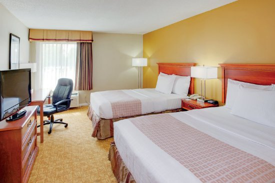 Waldorf, MD: Guest Room