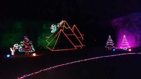 Mega Cavern Christmas Lights.20171128 190238 Large Jpg Picture Of Louisville Mega