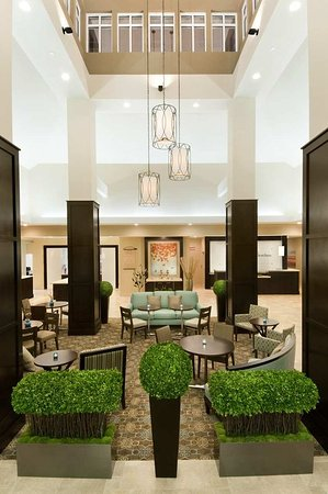 Hilton Garden Inn Watertown/Thousand Islands: Hotel Lobby