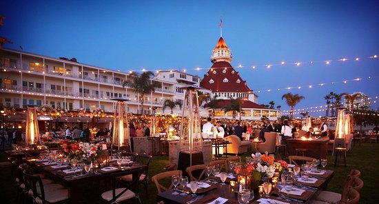 Hotel del Coronado: Windsor Lawn Evening Event