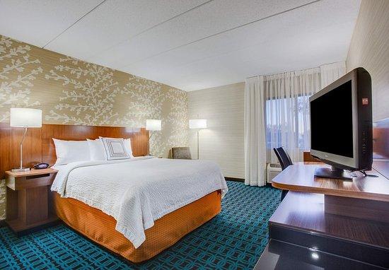 Williston, VT: Queen Guest Room