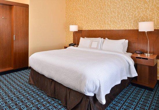 Saint Joseph, Missouri: King Guest Room