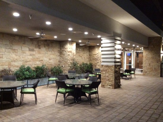 Holiday Inn Trophy Club Patio