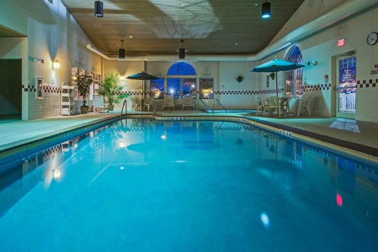 CountryInn&Suites Zion Pool