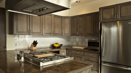Ketchum, ID: Modern Kitchen Suite