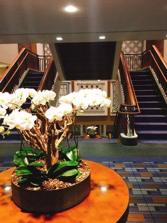 Charles Hotel Resmi