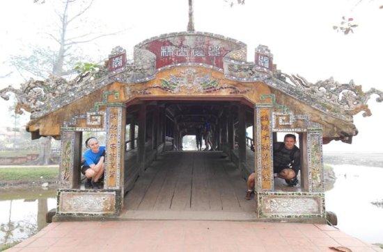 Full-day Hue City, Perfume River, and Thien Mu Pagoda Bike Tour