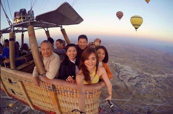 Ballon à air chaud Cappadocia Sunrise avec un vol au départ d'Istanbul