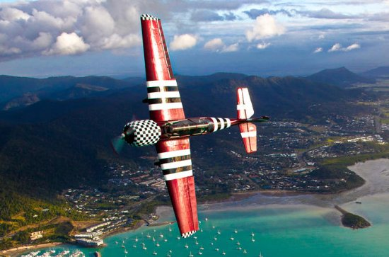 Mental Aerobatic Mission In A Soviet Warbird Over The Whitsundays!
