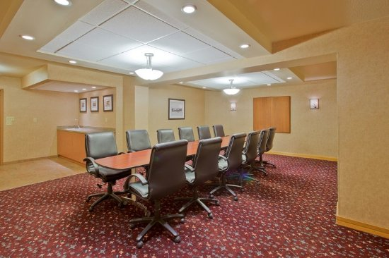 Holiday Inn Bozeman : Spacious, private meeting space