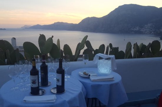 Enjoy the Amalfi coast Wine Tasting...