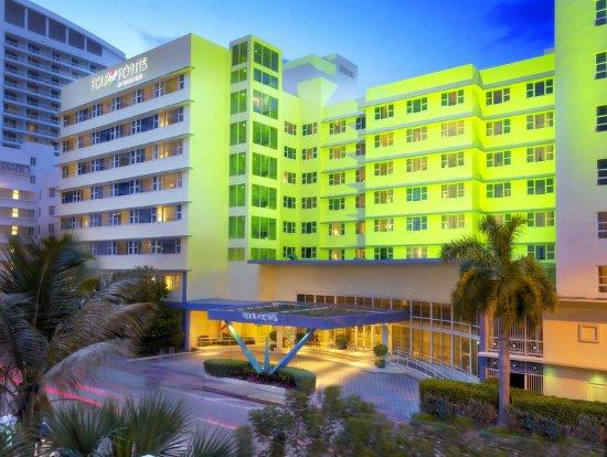 Four Points by Sheraton Miami Beach: Four Points Miami Beach Evening Exterior