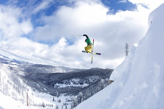 Philipsburg, MT: Winter travel to The Ranch at Rock Creek includes downhill skiing excursions at Discovery Ski Ar