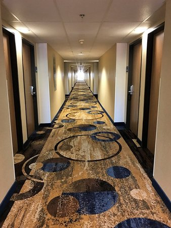 Sturtevant, WI: Hallway