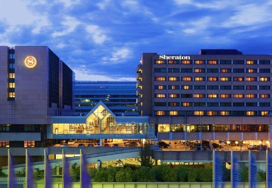 Sheraton Frankfurt Airport Hotel & Conference Center: Exterior