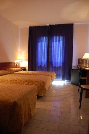 Hotel Albatros: 451158 Guest Room