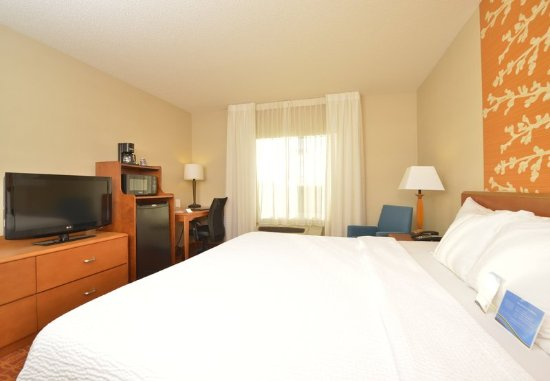Williamsport, PA: King Guest Room - Amenities