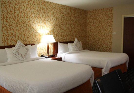 Fairfield Inn & Suites Denton: Queen/Queen Guest Room